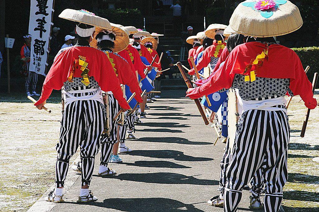 日本遺産・琵琶湖 祈りと暮らしの水遺産 朝日豊年太鼓踊 および伊吹山麓の太鼓踊と奉納神社